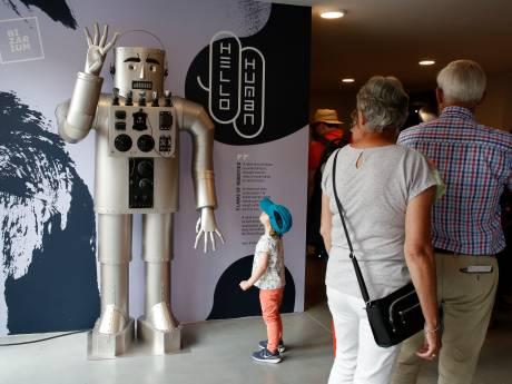 Jong en oud gefascineerd door bizarre uitvindingen in Sluis