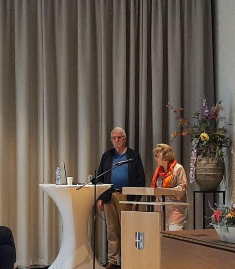 Historische Kring Losser presenteert boekje over jubileum gemeentehuis