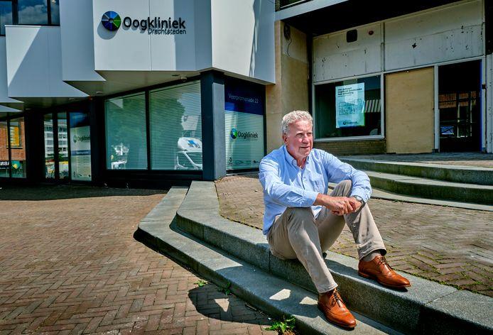 Oogkliniek Drechtsteden in Papendrecht van Martin Struijk (foto) en zijn compagnon oogarts Gerard Groothuizen breidt uit.