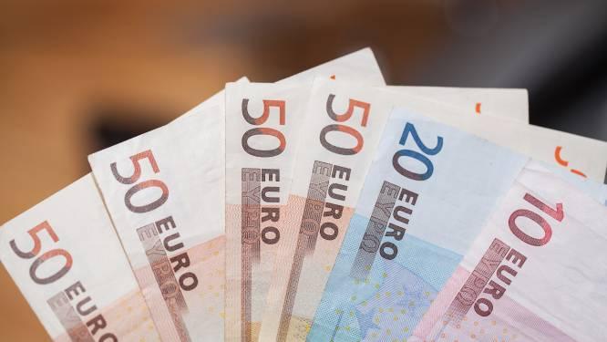 Ambtenaren moeten wachten tot 2022 voor wat meer loon