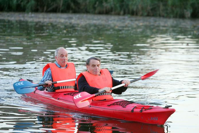 Burgemeesters Mulder van Hulst en Ruhr van Michelstadt mogen uitzonderlijk varen op de Vest in 2006.