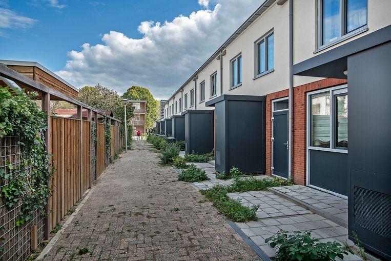 De van Speykstraat in Arnhem, waar hoofdverdachte Hardi N. met zijn ouders woonde. Niet ver van deze straat woont de jongste verdachte, Amir B. Beeld Guus Dubbelman / de Volkskrant