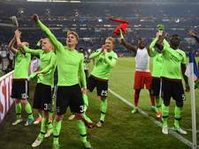 Ajax in halve finale tegen Olympique Lyon, United loot Celta