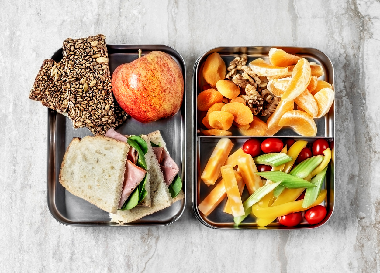 In Amsterdam is al vaker geëxperimenteerd met scholen die budget kregen om de lunch te verzorgen.