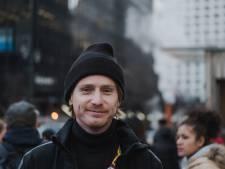 Topmagazine VS roept Nederlandse bedenker Sheltersuit uit tot baanbreker van wereldformaat