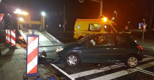 Nu al eenzijdige aanrijding met nieuwe stoplichten in Borne.