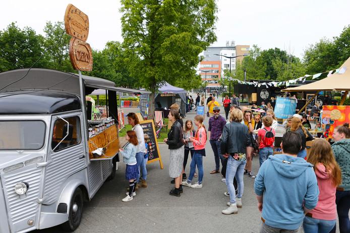 Het Foodtruck Festival zorgde vandaag voor drukte in het Alphense Europapark.