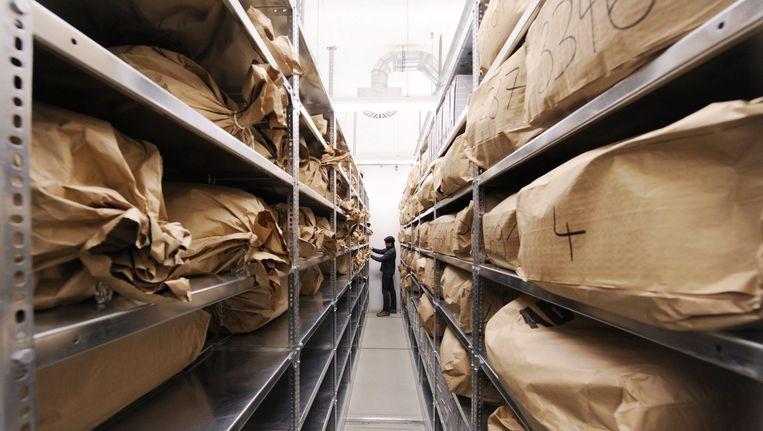 Het archief van de Stasi, dat totaal elf kilometer aan dossiers bevat. Beeld epa