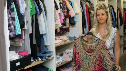 """Dorien verkoopt jouw tweedehandskledij in Het Magazijn: """"Net zoals Vinted, maar dan in het echt"""""""