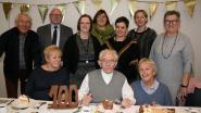 Mantelzorgers vieren 100-jarige André Plehiers in Koffiebranderij