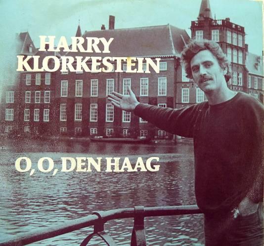 De cover van de lp O , O , Den Haag van Harry Klorkestein.
