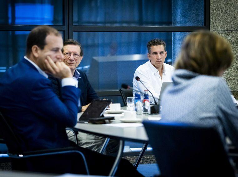 Wim Schellekens en Bert Slagter van het Red Team deze week tijdens overleg met de Tweede Kamer. Beeld ANP