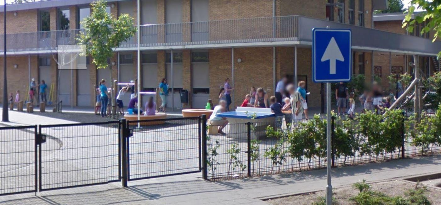 De kinderen van De Vonder en de Bienekebolders kunnen in het najaar over een veilig voetpad gaan gymmen in de sporthal aan het Stokeind.