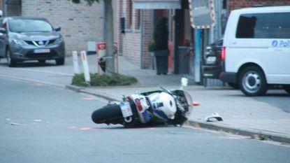 Motorrijder sterft na aanrijding met auto op vijfhonderd meter van zijn woning