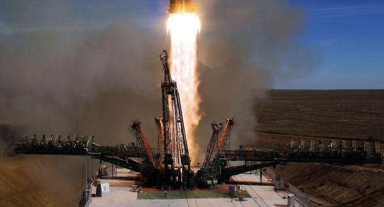 De Sojoez-raket bij de lancering.