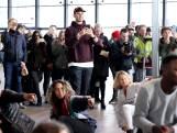 Bekijk hier wat Afrojack deed op Rotterdam Centraal