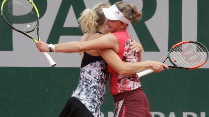 Krejcikova en Siniakova pakken eindzege in dubbelspel bij de vrouwen op Roland Garros