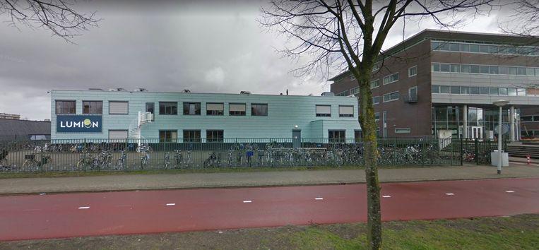 Het voormalige schoolgebouw Lumion in Nieuw-West. Beeld Google Streetview