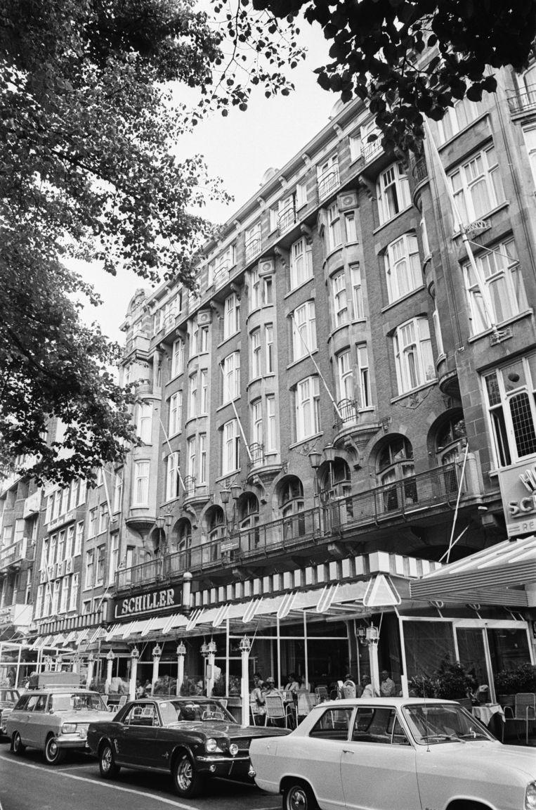 Hotel Schiller in 1970, vlak voordat vastgoedmagnaat Maup Caransa het kocht.  Beeld Nationaal Archief