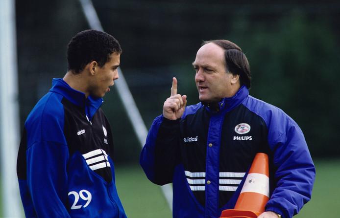 Dick Advocaat (rechts) met Ronaldo Luis Nazário (links). Oud-voorzitter Willem 'Bill' Maeyer stelt dat het geduld van Frank Arnesen doorslaggevend was bij zijn aankoop.