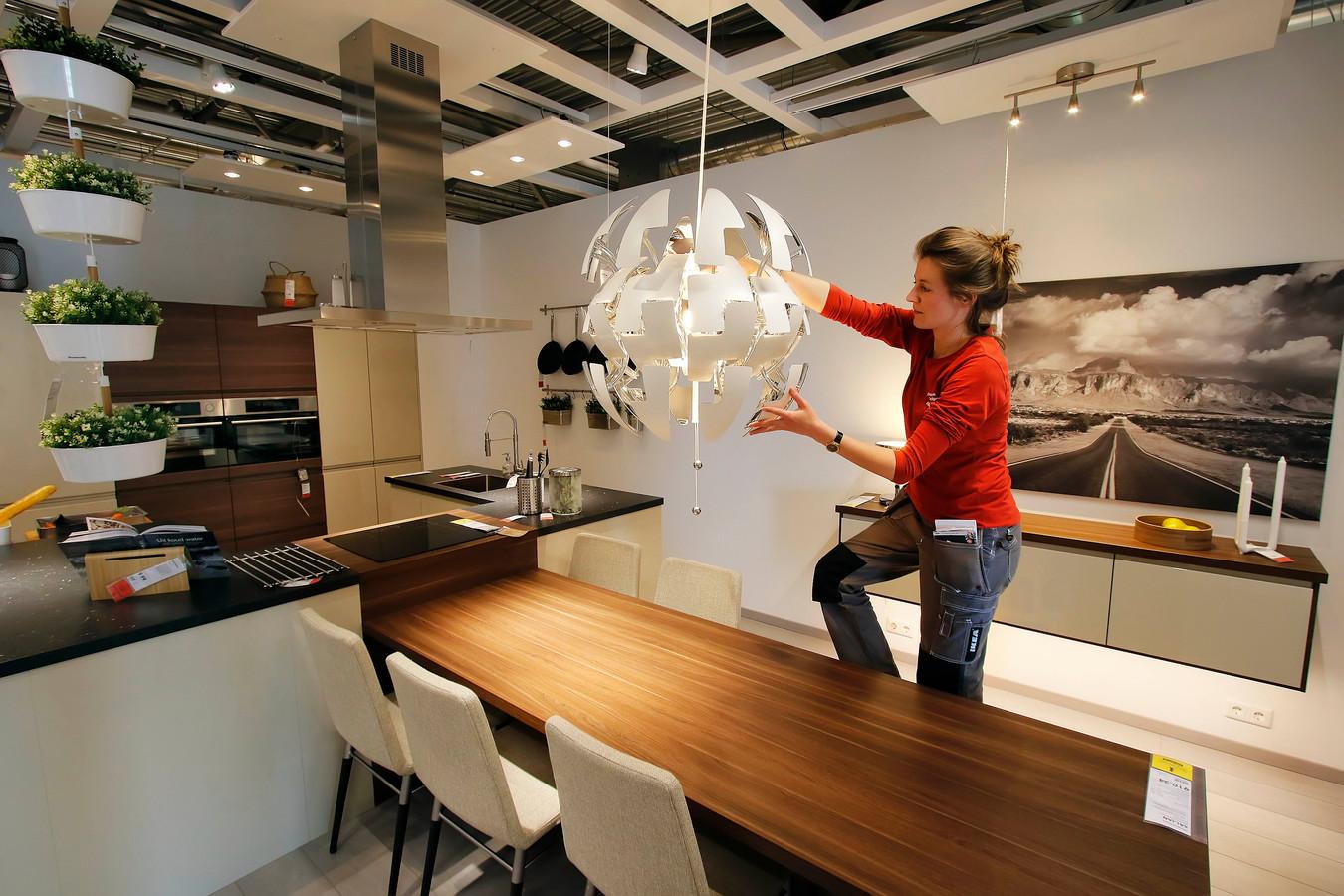 Verbouwing Ikea Breda nadert einde, groot aantal keukens al te ...