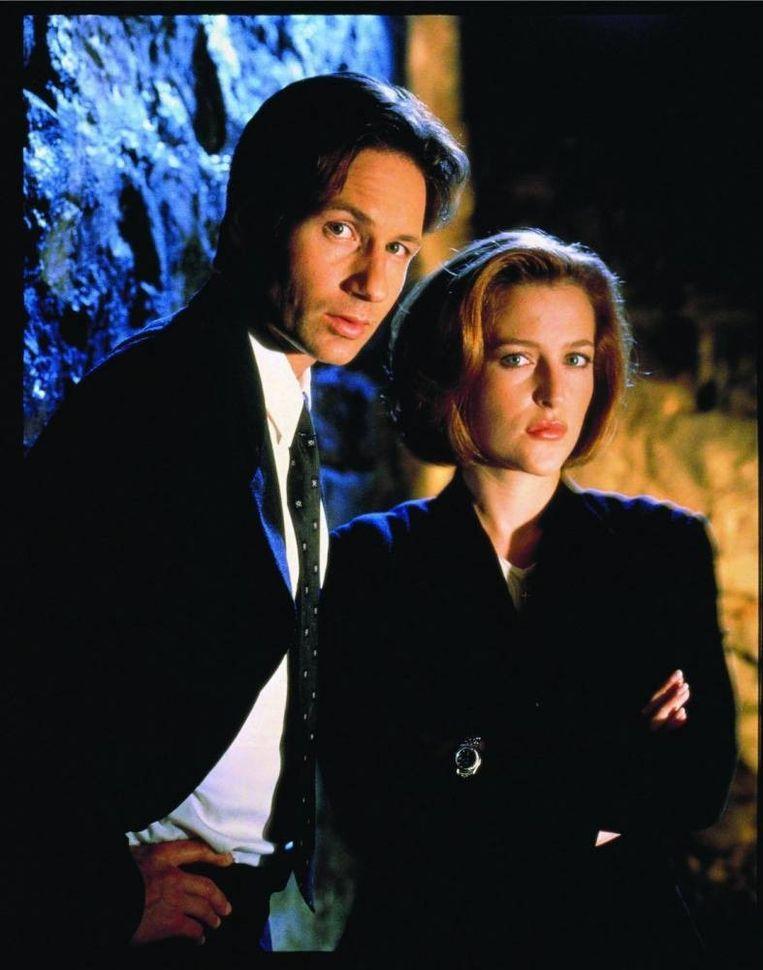 David Duchovny en Gillian Anderson keren terug als FBI-special agents Fox Mulder en Dana Scully.