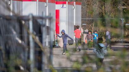 Extra units aan noodopvangcentrum voor asielzoekers met corona