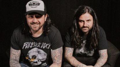 Bekendste metalmannen van ons land starten podcast (en u mag de onderwerpen aanreiken)
