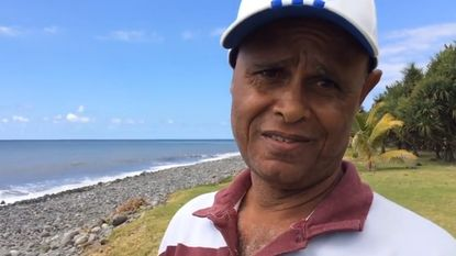 Verbrandde deze man drie maanden geleden al aangespoelde onderdelen van MH370?