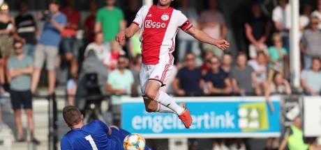 Dubbele cijfers voor Ajax in achtertuin Ten Hag