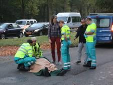 Verkeerschaos door gevallen scooterrijder op Schaapweg