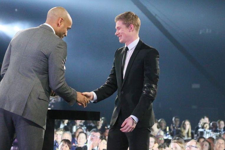 Vorig jaar was Thierry Henry aanwezig op het Gala van de Gouden Schoen om er Kevin De Bruyne de trofee 'Beste Belg in het buitenland' te overhandigen.