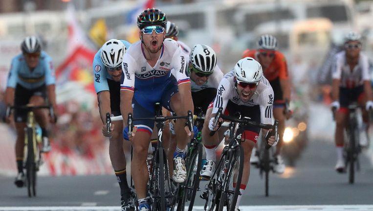 Peter Sagan is Mark Cavendish en Tom Boonen te snel af. Beeld afp