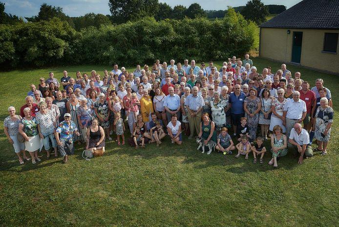 De Pater Damiaanfamilie viert haar 25-jarig jubileum