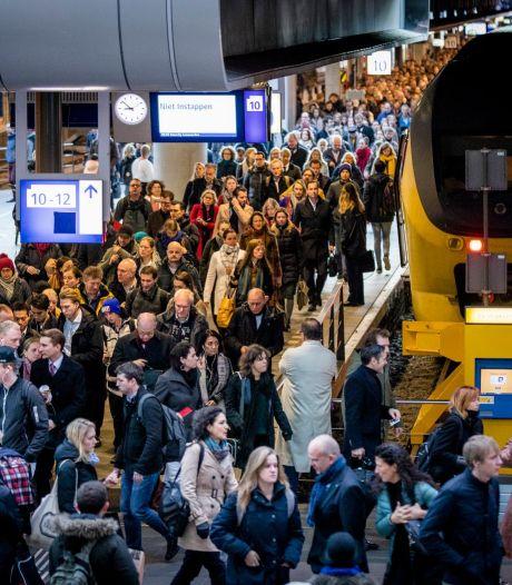 Drukte op Den Haag CS door 'blaadjes op spoor'