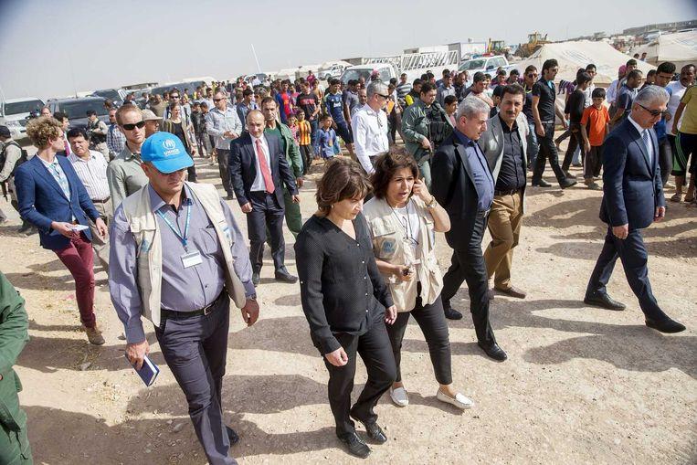 Minister voor Buitenlandse Handel en Ontwikkelingssamenwerking Lilianne Ploumen bezoekt het door Yezidi's bewoonde Khanke kamp in de Duhok provincie in Noord-Irak. Beeld anp