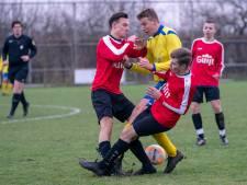 EMM Randwijk maakt kansen niet af, SC Valburg-trainer Zegveld snakt naar het einde