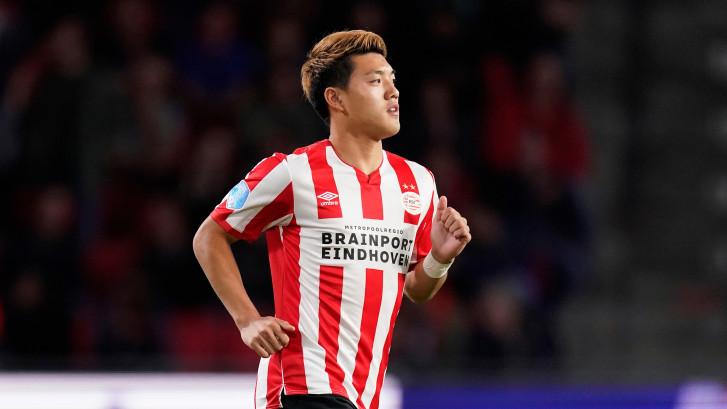 Ritsu Doan maakt zijn PSV-debuut terwijl Vitesse wordt vermalen