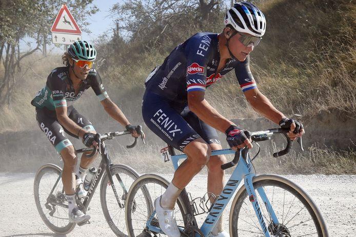 Mathieu van der Poel tijdens de Strade Bianche afgelopen weekend.