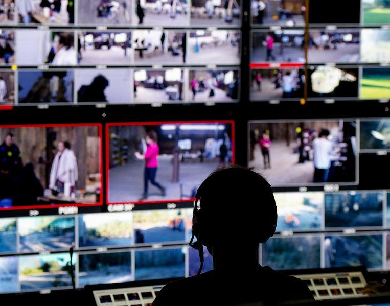 De regie- en controlekamer. Er zijn 106 camera's en 60 microfoons Beeld anp