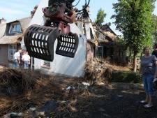 Brand verwoest voorhuis van Lopikse woonboerderij: 'Gelukkig zijn we allemaal ongedeerd'