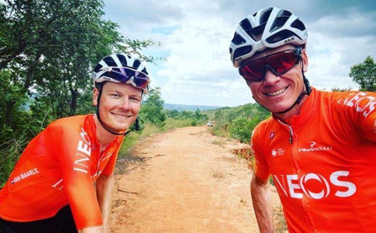 Dylan van Baarle met Chris Froome in Zuid-Afrika.