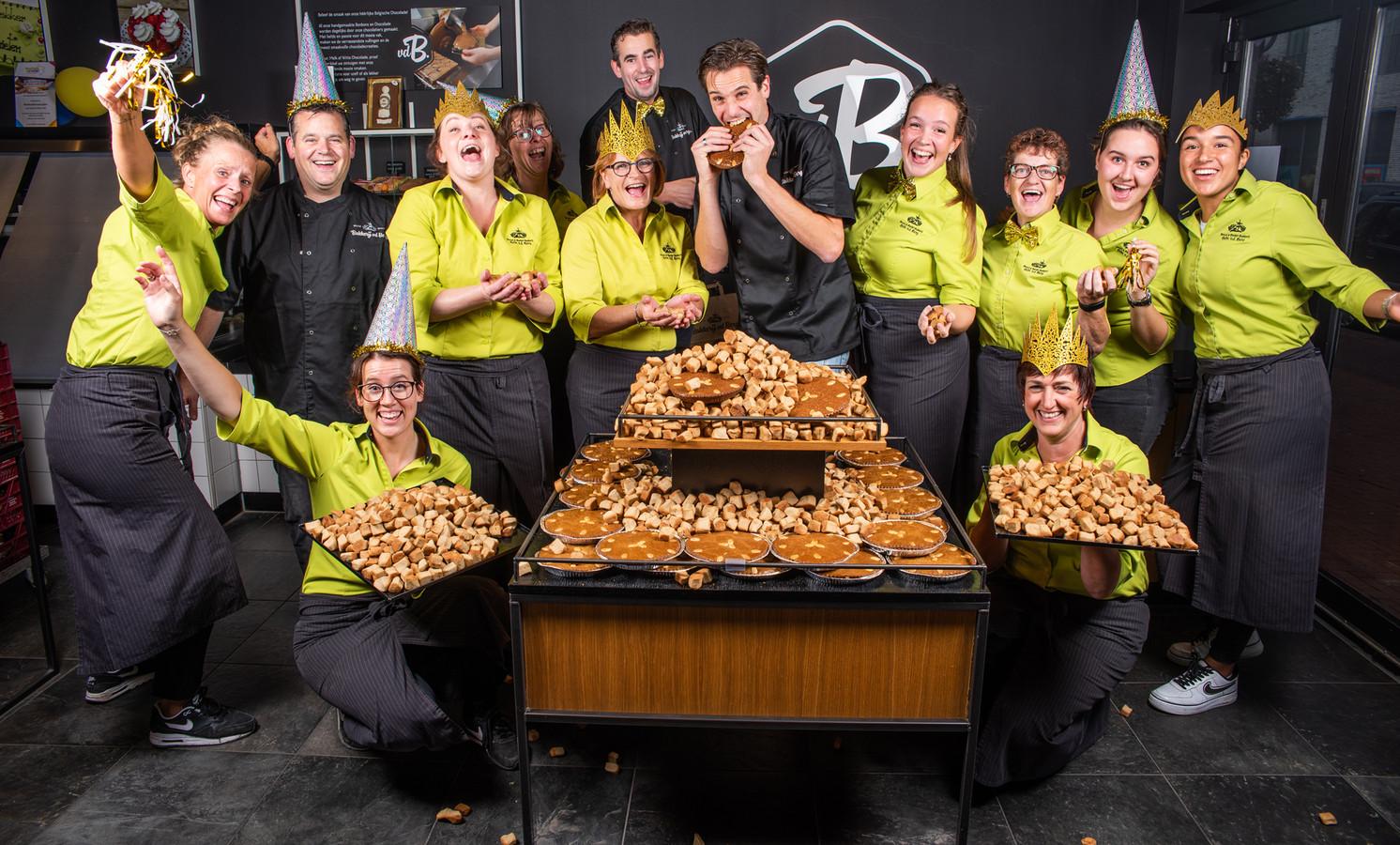 Het team van bakkerij Van den berg viert feest