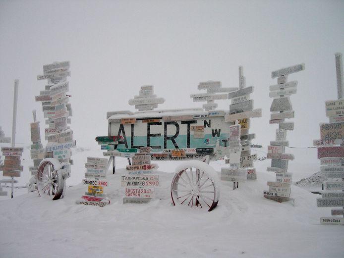 Het noordelijkste plaatsje ter wereld, het Canadese Alert, zet een warmterecord neer: 21 graden.