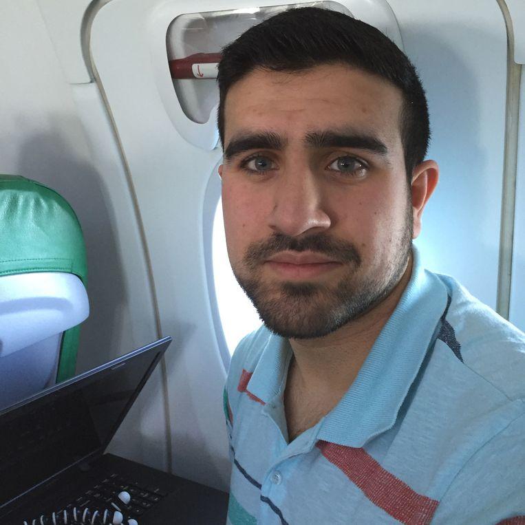 Ali Hosseini vluchtte zelf op zijn 5de vanuit Afghanistan. Beeld