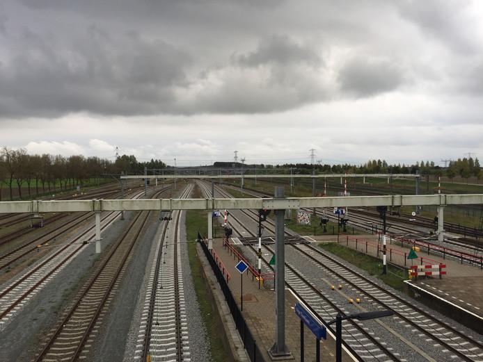 Station Lage Zwaluwe.