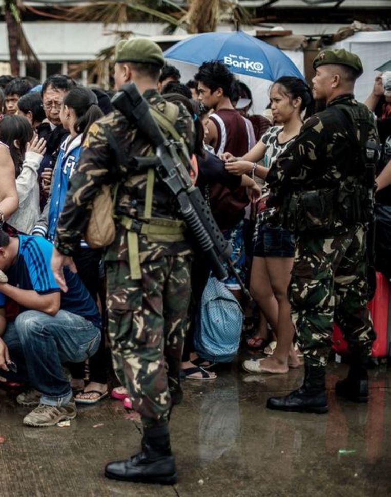 Militairen in Tacloban Beeld ANP