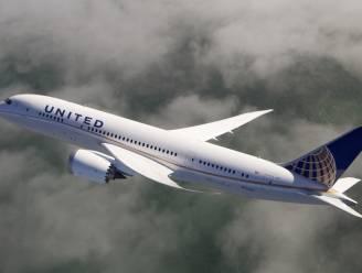 Splinternieuwe Dreamliner maakt noodlanding