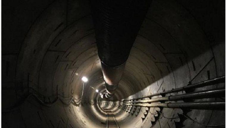 Een behoorlijk saaie tunnel, aangelegd door Musks The Boring Company. Beeld Instagram