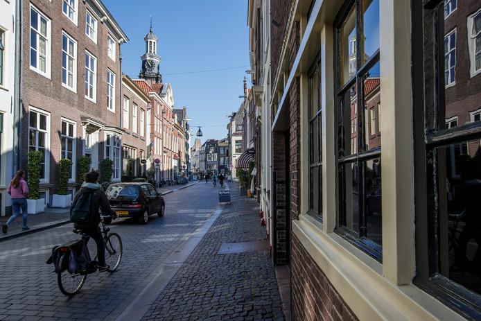 De gemeente Zutphen gaat de Lange Hofstraat voorlopig nog niet aanpakken.